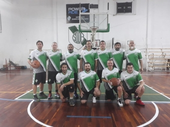 +43 B: Talleres de Escalada 72 vs Defensores de Banfield 78